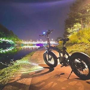 春川(チュンチョン)のコンジチョンで夜のサイクリング