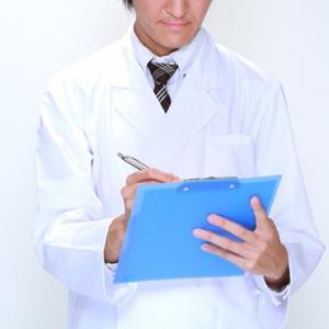 医者「じゃ様子をみて次回一週間後くらいに来て下さい」ワイ「金はないがエエんやな」
