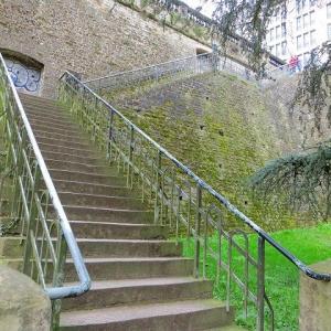 ルクセンブルク 世界遺産 ペトリュス渓谷散歩♪ 深い深い渓谷の新緑の中で!