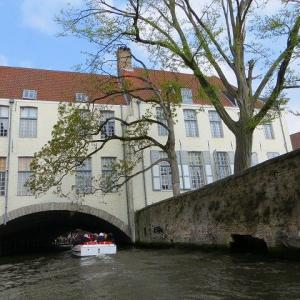 ヨーロッパ雑貨 骨董市 蚤の市 ベルギー ブルージュ 運河クルーズ 乗り込んだ船着場に戻って今度は、北へ向かいます♪ 地図