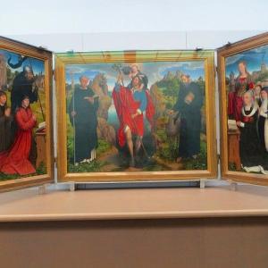 メムリンク モーレル三連祭壇画 1484年 グルーニング美術館 展示室 NO.2