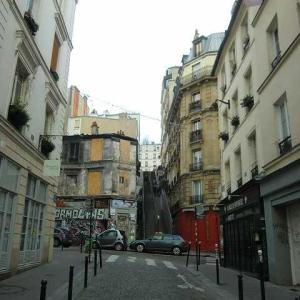ピカソの気になる街の噂 パリ ピカソの青を分析する! 青の時代 1901年〜1904年 青い絵を描いた理由とは?