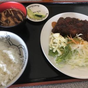 【豊橋市】名物ねぎ間入り!?「みそかつ定食」(キッチン磯路)