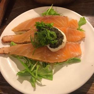 ビストロ!ヨシダハウス(広尾)深夜までしっかりお料理が楽しめるボリュームたっぷりビストロ!