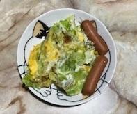キャベツの卵とじと食パン