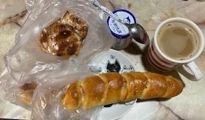 総菜パンと甘いパン