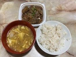 豚バラ軟骨と中華スープ