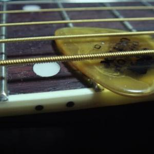 ギター弾きと腕利きリペアマン