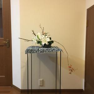 自作花器を平置きして