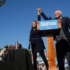 【米大統領選】サンダース氏、急進左派ホープが支持 民主党