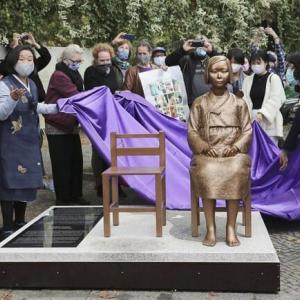 ベルリンの慰安婦像、設置許可取り消し 韓国は茂木外相を批判・・ベトナムの韓国軍の蛮行はどうしたの?