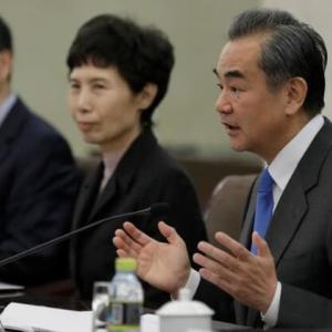 中国「英国は誤りを正すべき」、香港住民への市民権付与巡り・・暗黒時代が待っている?