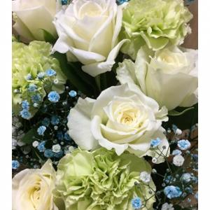 トランプ大統領がディープ・ステートの話題に触れた!     娘が母の日に贈ってくれた花束。