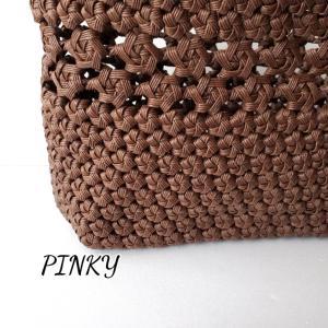 花車編み入りバッグが上まで編めました