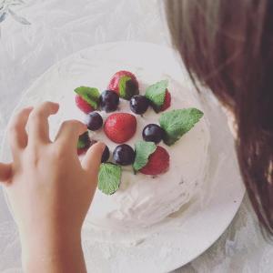 バナナキャラメルヘルシー誕生日ケーキ★レシピ付き