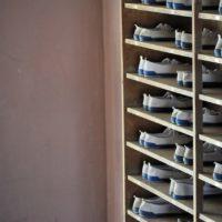 一人暮らしの狭い玄関 お洒落に収納 シンプルシューズボックス