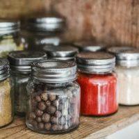 キッチン収納アイデア:散らかりがちな引き出しの中を整理