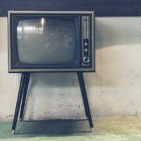 脚付きテレビ台 掃除ロボットに入ってもらう家具の高さ