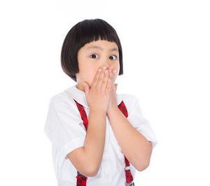 子どもが鼻血を出した時に、ティッシュを鼻に詰めるはNGだそうです