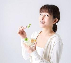 老化の元凶AGEを防ぐ食事の7ルールで、若々しい見た目を作りませんか?