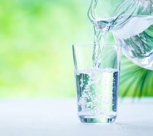 ダイエット中は、どれくらい水を飲めばいいと思いますか?