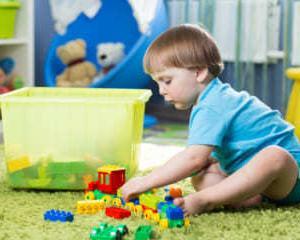 """子どもを""""片付け上手""""に育てるためのポイント、何だと思いますか?"""