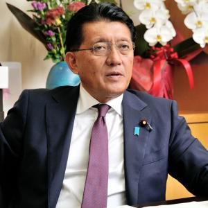 NECを恫喝して値引きさせる平井大臣