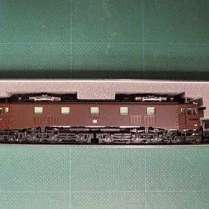 KATOの3049-1 EF58-150宮原運転所(茶)のライトを高輝度LED(電球色)化する