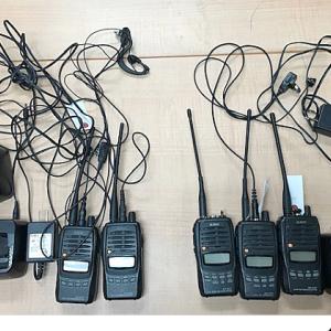 <栃木県宇都宮市内の繁華街で>関東総合通信局、社交飲食店の営業のため不法にアマチュア無線機を使用していた2人を摘発
