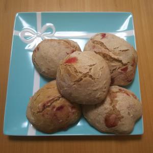天然酵母いちごパン作り( ^-^)ノ∠※。.:*:・'°☆