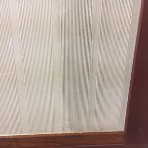 【ハウスクリーニング】結露や日当たりの悪い箇所の壁紙のカビ ビフォーアフター画像有り