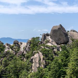 奇岩の回廊を巡る(金勝アルプス)