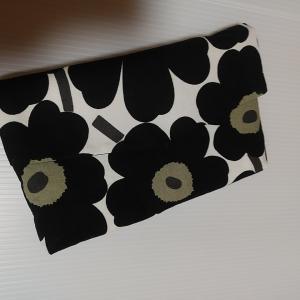 自分のお誕生日記念にマリメッコでお財布ポシェット