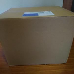 コスモさんのセールで段ボール箱にいっぱい 届きました…