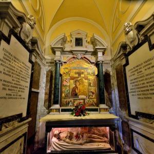 サンタ マリア イン ポルティコ イン カンピテッリ教会…ローマ