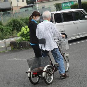 三輪車に乗りたい!
