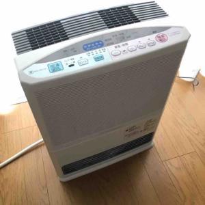 やっとこさ暖房器具を片付ける。