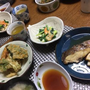 鯛の素焼き煮、春の天ぷら、わけぎとあおやぎのヌタ