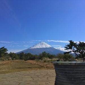 足和田山 -或る富士に雪が積もった日に