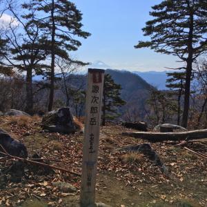 源次郎岳 -日川尾根一帯の代表の山