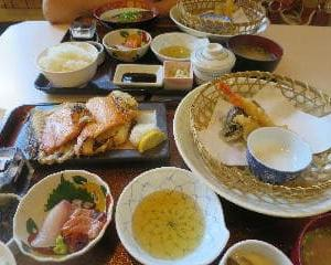 漁師寿司 吾冠のランチはゴージャスだ(6回目)