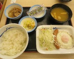 朝食の定番,松屋のソーセージエッグ