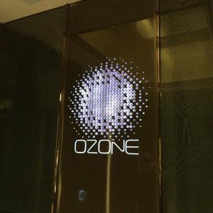 【香港食い道楽の旅 十一軒目】世界一の高さを誇るバー-OZONE
