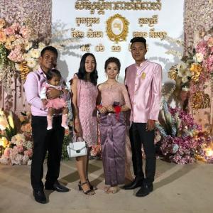 カンボジアの結婚パーティー参加、カンボジアガイドダー