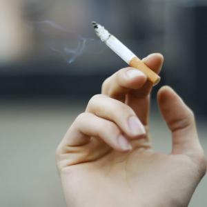 タバコの値段が4000円に!!オーストラリア
