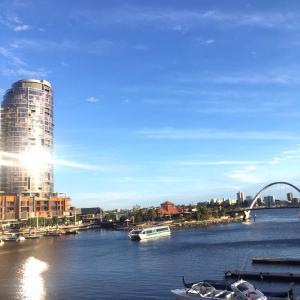 オーストラリア残留組は留学延長を希望