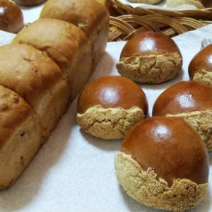 台風とパンとお菓子