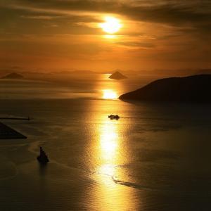 屋島からの夕景(1)    #大槌島 #パンとサーカス