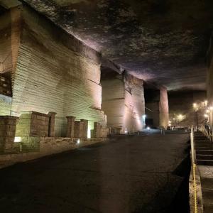 大谷石の地下神殿!
