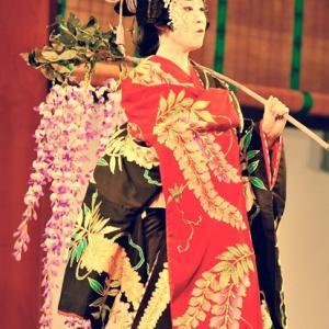 日本舞踊で自然と身に付く、幅広い教養まとめ。教科書ではない音楽、文学、歴史の学び。